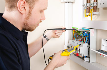 City & Guilds 2832-15: 17th Edition Electrical Training ...